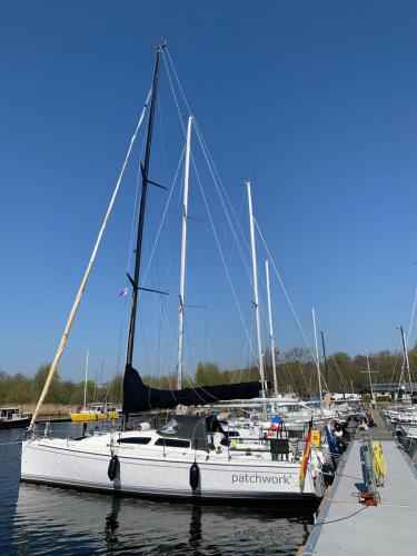 Unsere neue Brücke, auch für gößere Boote geeignet